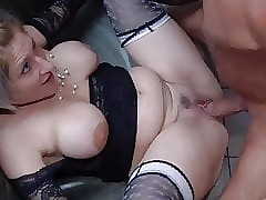 Domineer Milf wants gangbang