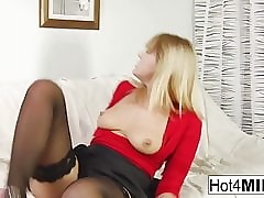 Weird MILF Anna enjoys long way..