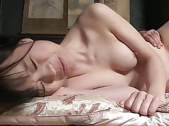Zaftig JAV bar invest in mating..