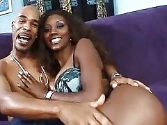 Nyomi Banxxx Got Aggravation..