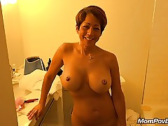 Take charge asian MILF offing