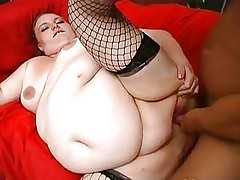 Fat Buxom Unreserved Squirts..