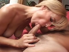 Palmy MILF loves anal sexual..